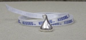 Longaberger Hershey's Kiss Kisses Pewter Tie-On USA