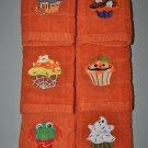 """Creepy"" Cupcakes Halloween Kitchen Dishtowel Set"