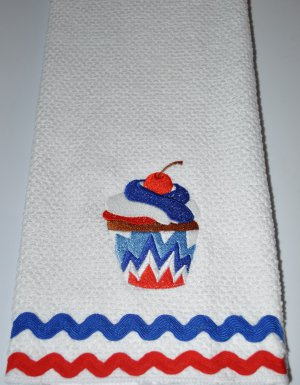 """Spirit"" Cupcake Kitchen Dishtowel"