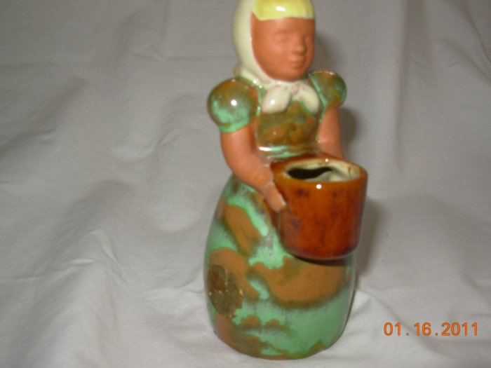 Frankoma gardener girl vase. with STICKER
