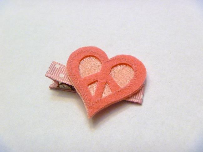 Felt Heart..valentine hair clip style 4
