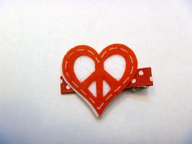 Felt Heart..valentine hair clip style 5