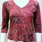 GLIMA Dark Rose/Pink Graphic Print V-Neck 3/4 Sleeve Top - Size Medium