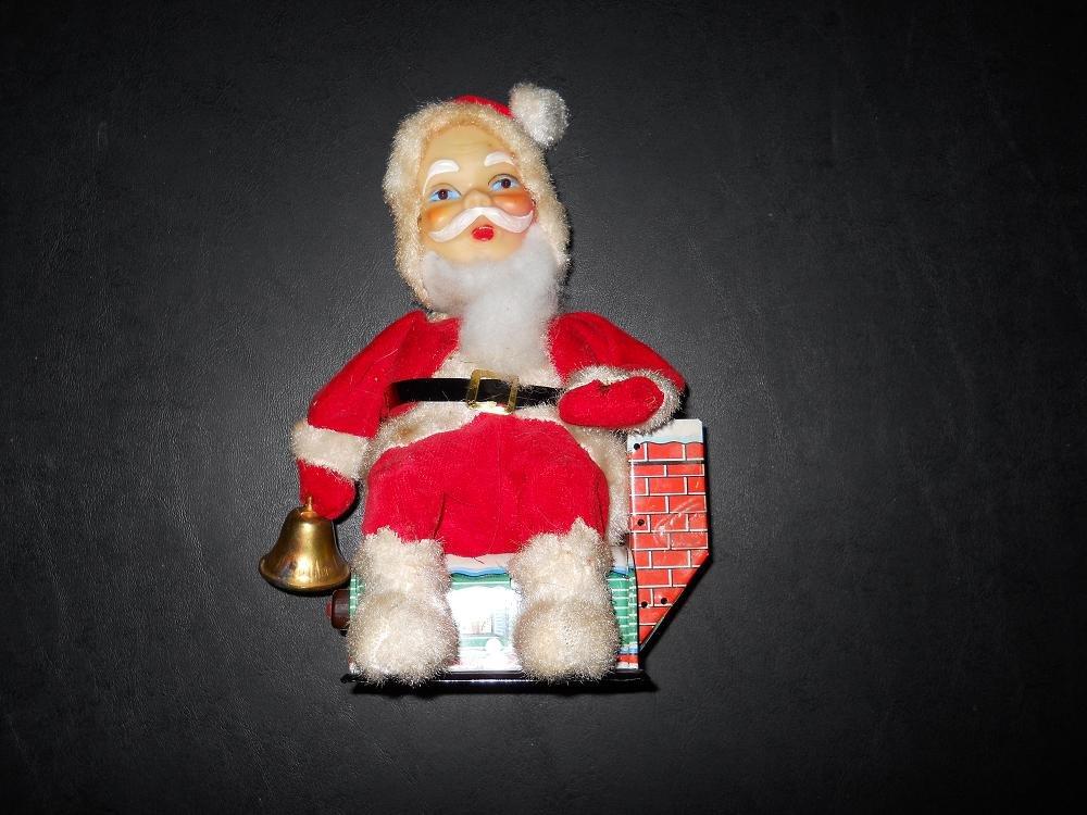Santa Claus - Mechanical - Battery Operated - Vintage - Japan