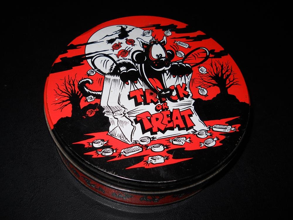 Vincenzo International - Trick Or Treat - Storage Tin - 1992
