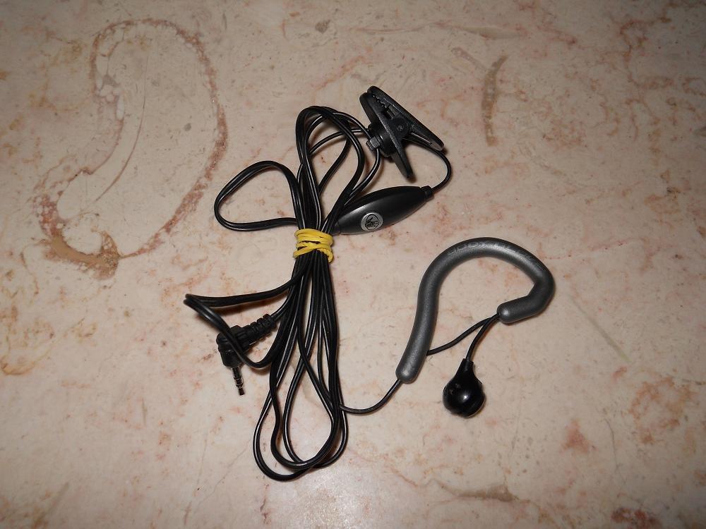 Body Glove - Earglove - Silver & Black