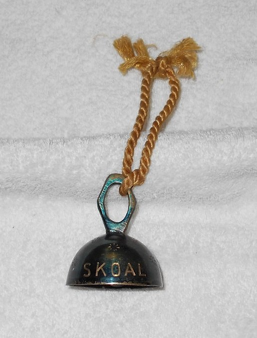 Metal Bell - Skoal - Blue With Yellow Rope
