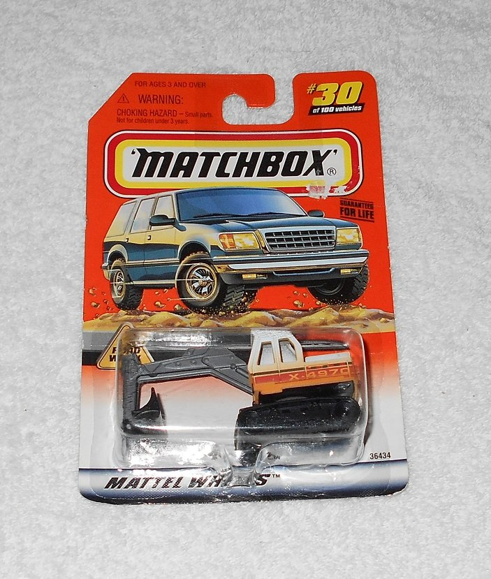 Matchbox - Excavator - #30 - White & Orange - 1998 - New