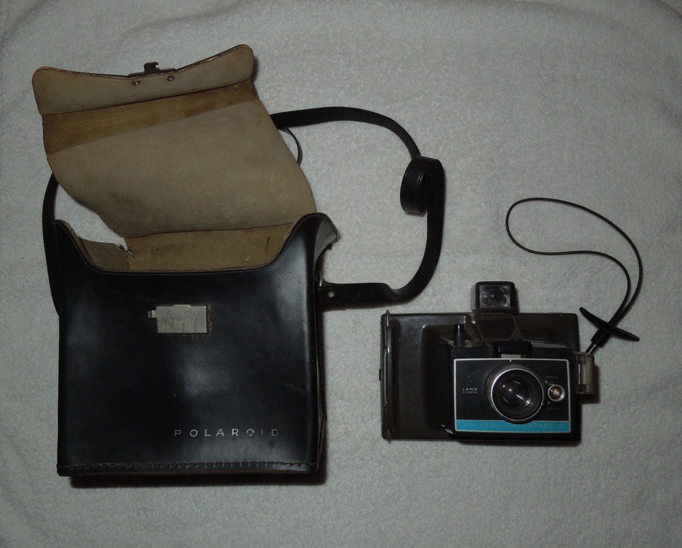 Polaroid - Colorpack II Instant Land Camera - Includes Original Case - Vintage