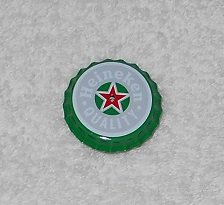 Heineken - Bottle Cap Shaped Pin - Green, Grey & Red - Light Up Center - New
