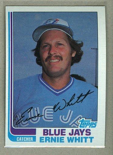 1982 Topps Baseball #19 Ernie Whitt Blue Jays Pack Fresh