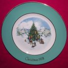 Avon Christmas Plate 1978-Trimming The Tree-9 inch Vintage Excellent Condition