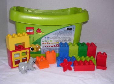 Lego Duplo 5416 Over 60 pieces with Cat Cow Pig 2-Trains/Cars/Vehicle/Bodies Preschool Building Toy