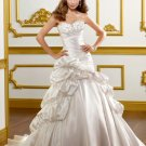 V0141 Free Shipping Sweetheart A-line Court Train Ruffles Wedding Gowns