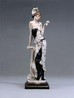 Armani Camille Figurine