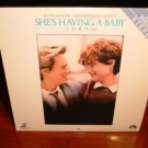 Laserdisc SHE&#39;S HAVING A BABY 1988 Kevin Bacon Lot#1 FS LD