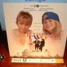 Laserdisc IT TAKES TWO 1995 Marie-Kate Ashley Olsen LTBX LD