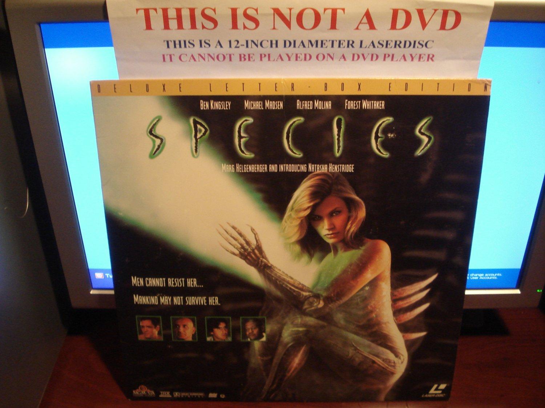 Laserdisc SPECIES 1995 Ben Kingsley Lot#3 DLX LTBX Sci-Fi LD