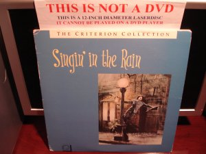 LD Criterion SINGIN' IN THE RAIN (1951) Gene Kelly Lot#2 CAV Laserdisc [CC1152L Spine No. 52]