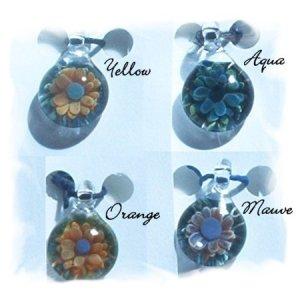 Handblown Glass Bead / Pendant - Flower
