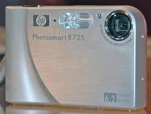 SALE HP Photosmart R725 6.2MP Digital Camera 3x Optical Zoom