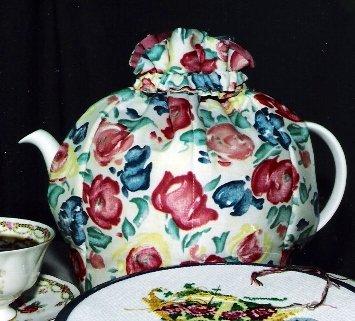 Artist's Palette Tea Cozy Small