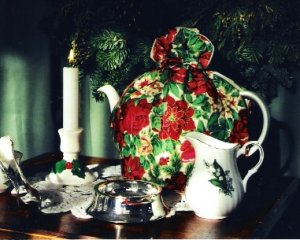 Joyeux Noel Tea Cozy Small