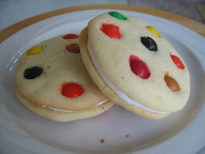 M&M Buttercream Cookie Sandwiches - 6 in a pack