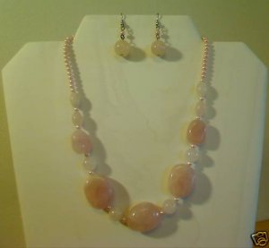 "17""-20"" Genuine Pink Quartz Necklace Earring Set - HOT"