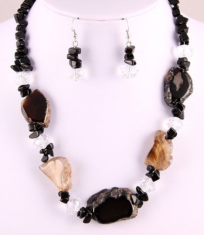 "Spectacular 19""-21.5"" Genuine Black Agate Necklace & Earring Set"