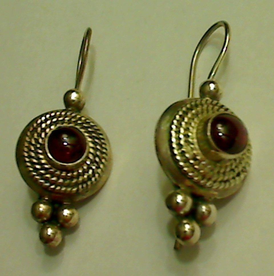 UNIQUE 925 Sterling Silver 1 ct Garnet Dangle Earrings