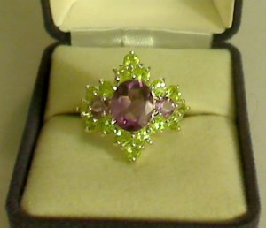 UNIQUE 925 Sterling Silver 5.5 ct Amethyst & Peridot Ring - Size 6.5