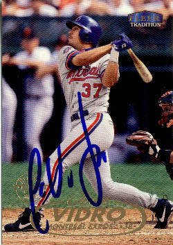 Jose Vidro Authentic Autographed Card - Great Autograph