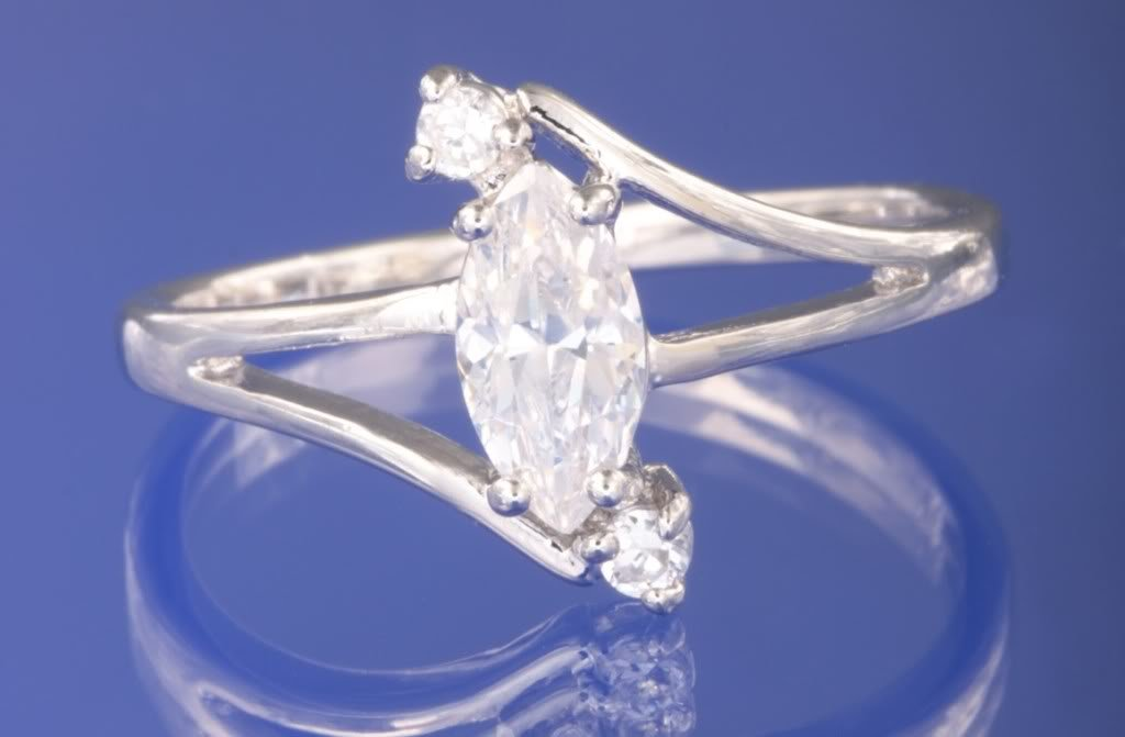 0.56ctw RUSSIAN DIAMOND ENGAGEMENT RING size M or O