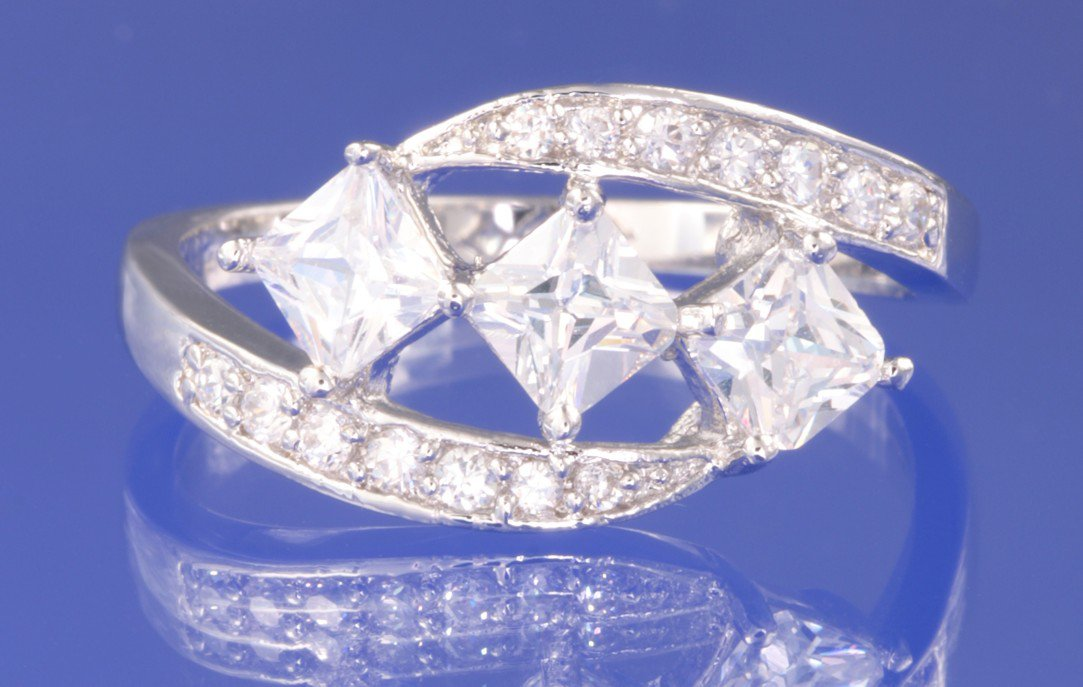 1.65ctw RUSSIAN DIAMOND ENGAGEMENT RING size O or Q