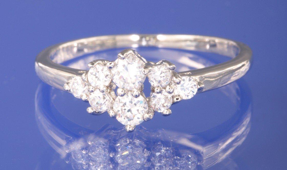 0.38ctw RUSSIAN DIAMOND ENGAGEMENT RING size M
