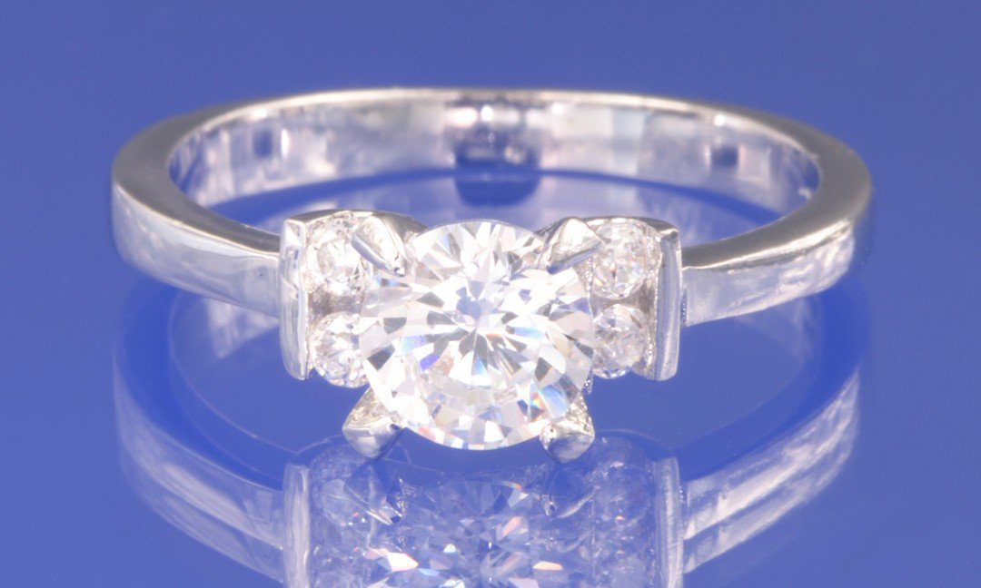 0.95ctw RUSSIAN DIAMOND ENGAGEMENT RING Size M or O