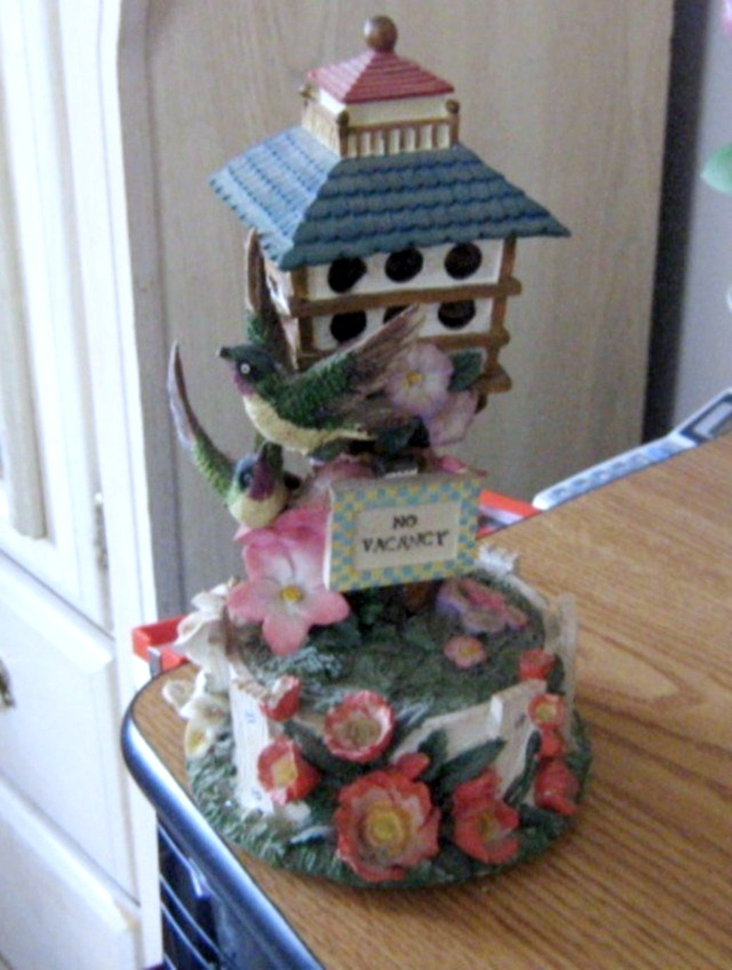 Hummingbird Birdhouse Bird House Music Box Wind Beneath My Wings #400082