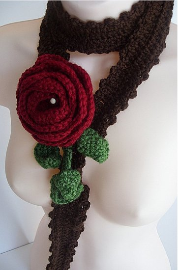 Brown and Red Rose Necklace 023