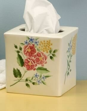 Romantic Bath Tissue Holder