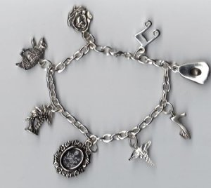 The Cullen Family Charm Bracelet