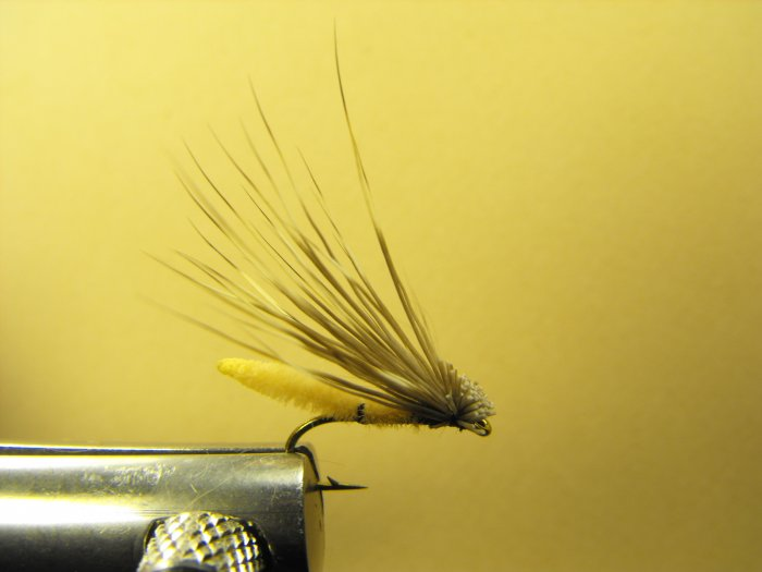 Extended Bodied Elk Hair Caddis - Tan
