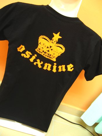 Kuzizumoo Collection : OSIXNINE Logo Black Tshirt