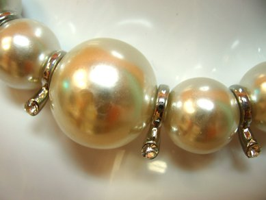 Short Pearl Necklace w Silver Spacers