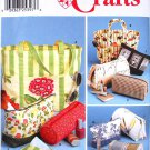 Simplicity 9949 Crafts pattern for bags in various sizes, tote, makeup, travel