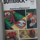 Butterick Craft 4012 pattern for American Christmas wreath stocking decorations