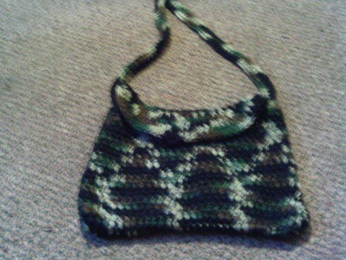 Crochet small handbag