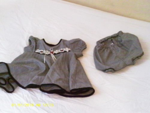 2 pcs Girl dress with bottoms by Ashley Ann LS 6/9 mos.