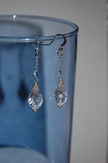 Glass Crystal Drop Earrings