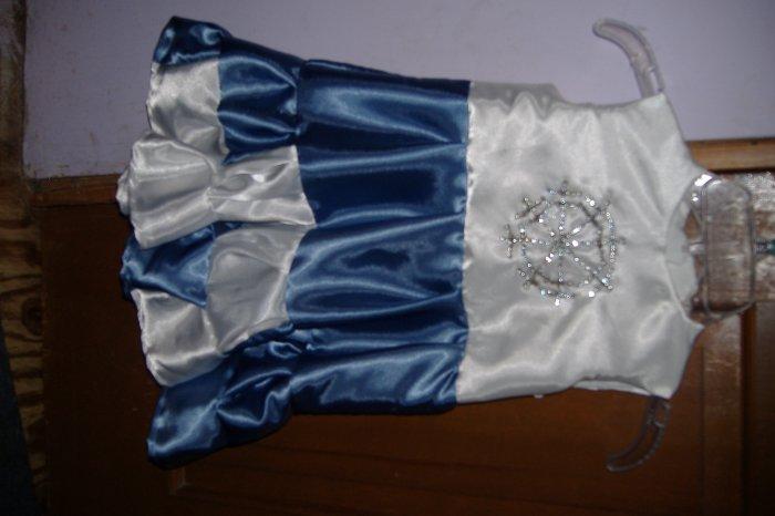 Blue and white silk snowflake dress sz 3
